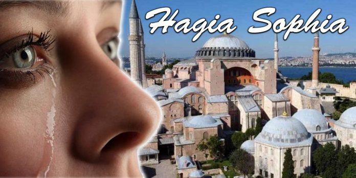 ilustrasi kesedihan di tengah perubahan gereja Hagia Sophia.
