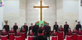 pengisi pujian dari Paduan Suara Sektor IV GPIB Bukit Zaitun Makassar