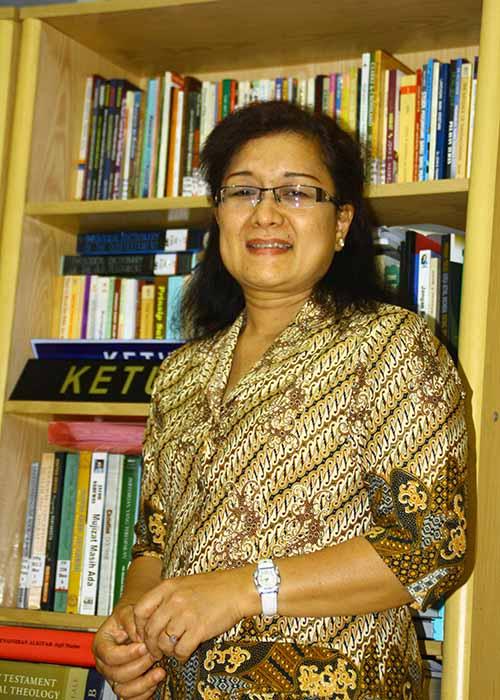 Pdt. Dr. Gernaida Pakpahan